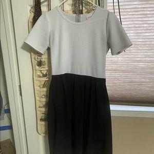 Lularoe Black & White Large Amelia Pocket Dress